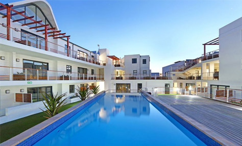 Azure Apartments in Bloubergstrand